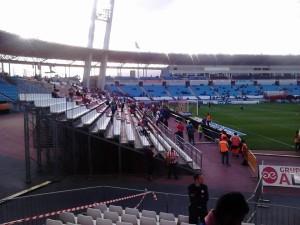 die Behelfstribünen im Stadion des UD Almeria (Foto: Xufer Granota/PD-direkt)